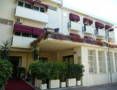 Rimini - Marina Centro - Hotel NEW PRIMULA ***