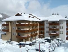 CK Ludor - Hotel SELECT ***+