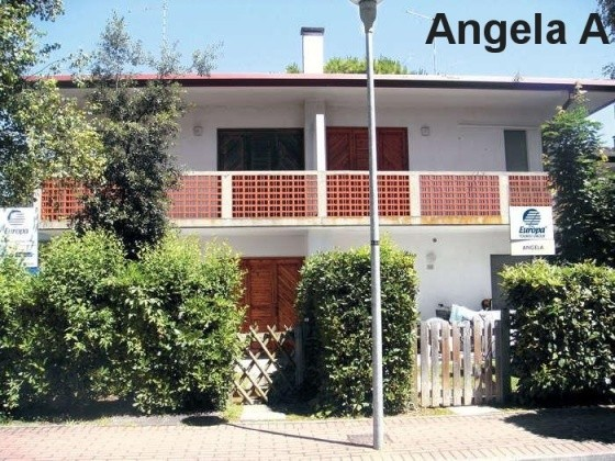 ANGELA_BIBIONE_SPIAGGIA_01.JPG