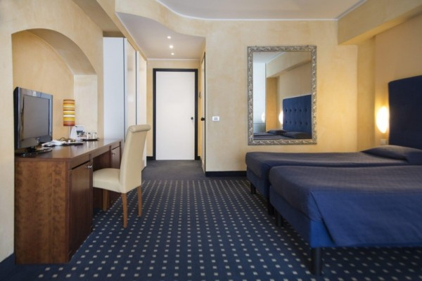 DESENZANO_MARIA_HOTEL_22.JPG