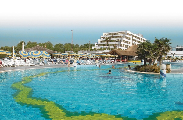 HOLIDAY_APTHTL_BIBIONE_05.JPG
