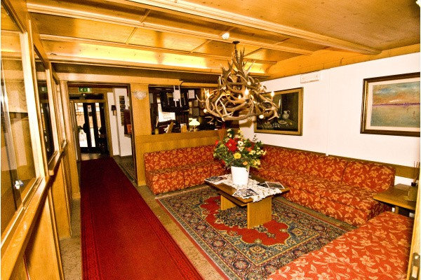 Hotel meubl olimpia cortina d ampezzo cortina d for Hotel meuble royal cortina
