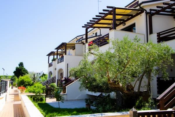 MEDITERRANEO_RESORT_PINETO_03.JPG