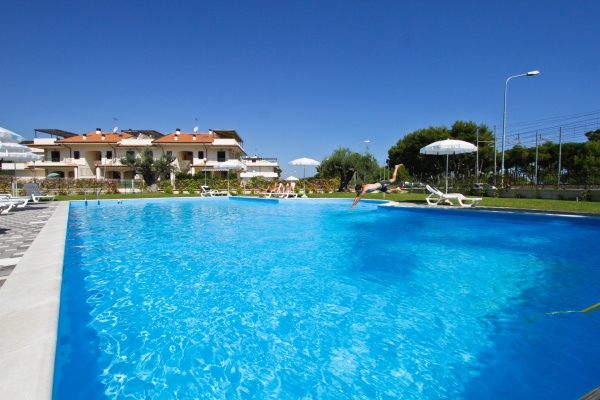 MEDITERRANEO_RESORT_PINETO_13.JPG