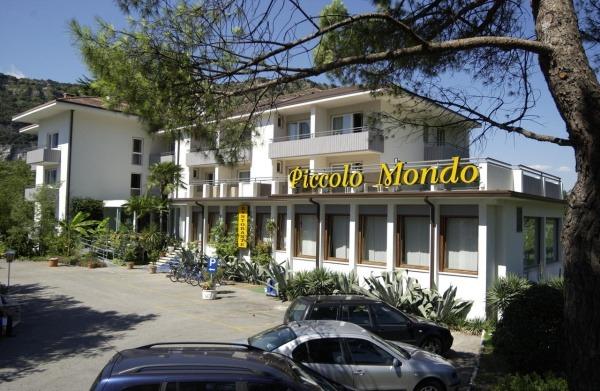 PICCOLO_MONDO_TORBOLE_02.JPG