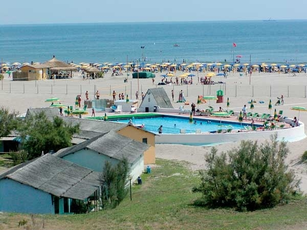 ROSOLINA_MARE_CLUB_02.JPG
